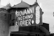 Enseignes de restaurants et du marché italien. Boulevards Jean-Talon et Saint-Laurent, Montréal
